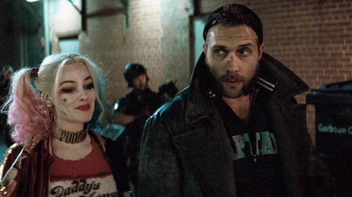 The leather jacket of Captain Boomerang (Jai Courtney) in Suicide Squad - Movie Outfits and Products