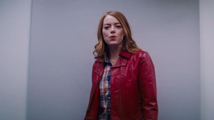 The leather jacket red Mia (Emma Stone) in the The Land - Movie Outfits and Products