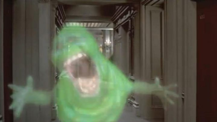 Fashion Trends 2021: The life-size Eats-everything (Slimer) Ghostbusters
