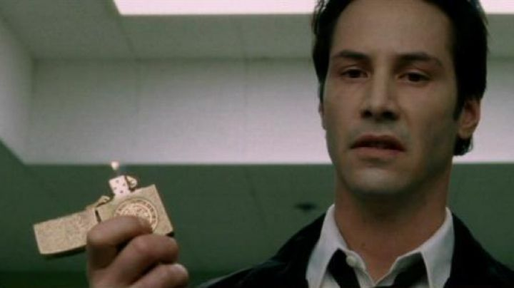 The lighter of John Constantine (Keanu Reeves) in Constantine - Movie Outfits and Products