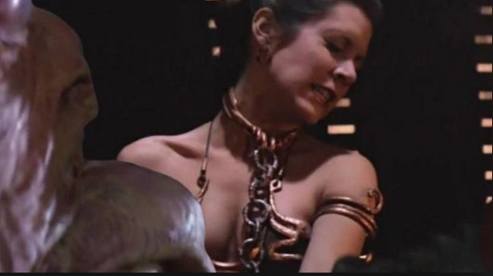 Fashion Trends 2021: The links of chain Princess Leia (Carrie Fisher) in Star Wars VI : return of The Jedi