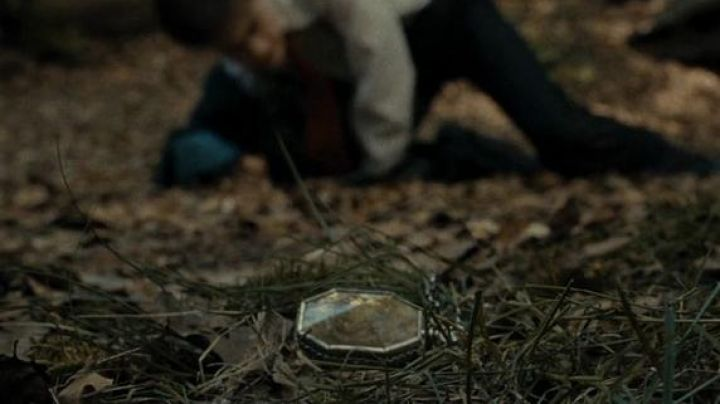 The locket of Salazar Slytherin in Harry Potter and the half-blood prince - Movie Outfits and Products