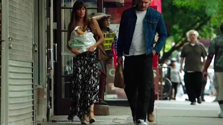 The long black skirt with floral pattern from Angela Ramirez (Sofía Vergara) in Bottom of The 9th Movie
