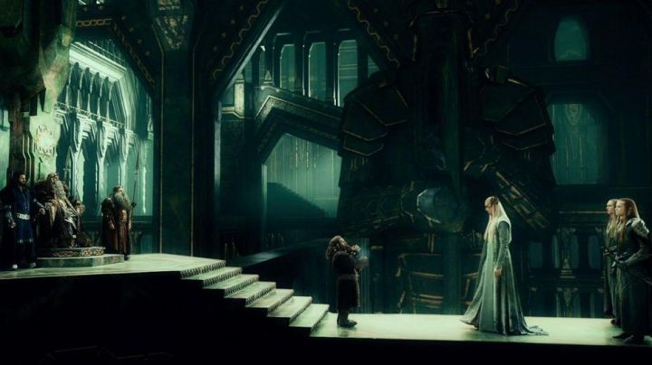The long suit of Thranduil (Lee Pace) in The Hobbit : An unexpected journey - Movie Outfits and Products