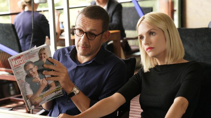 The magazine Paris Match de Dany Boon in The ch'tite family (1 year subscription 52 issues) - Movie Outfits and Products