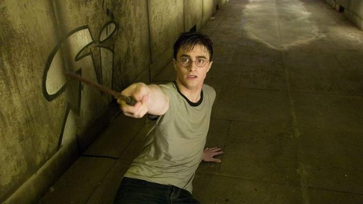 The magic wand of Harry Potter (Daniel Radcliffe) in Harry Potter and the order of the phenix movie