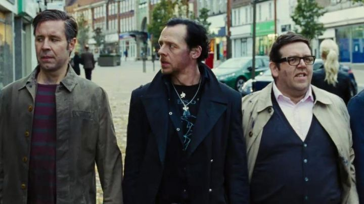 The mantle of Gary King (Simon Pegg) in The Last pub before the end of the world - Movie Outfits and Products