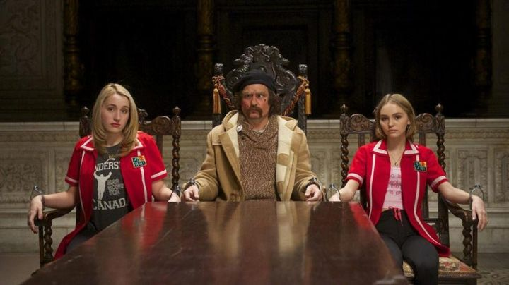 The mantle of Guy LaPointe (Johnny Depp) in Yoga Hosers - Movie Outfits and Products