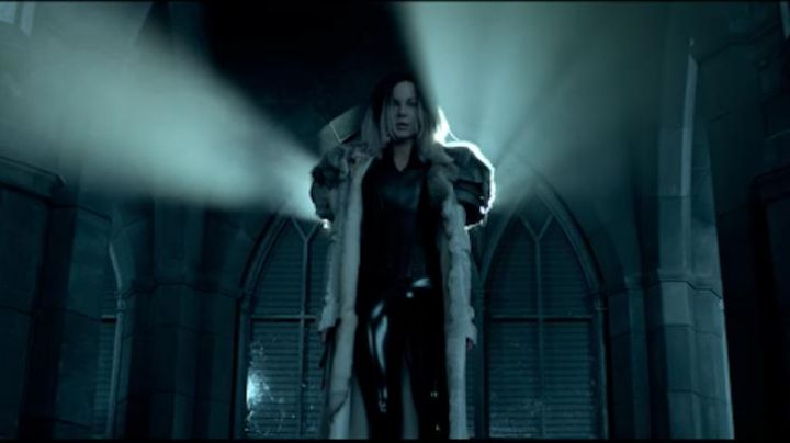 The mantle of Selene (Kate Beckinsale) in Underworld: Blood Wars movie
