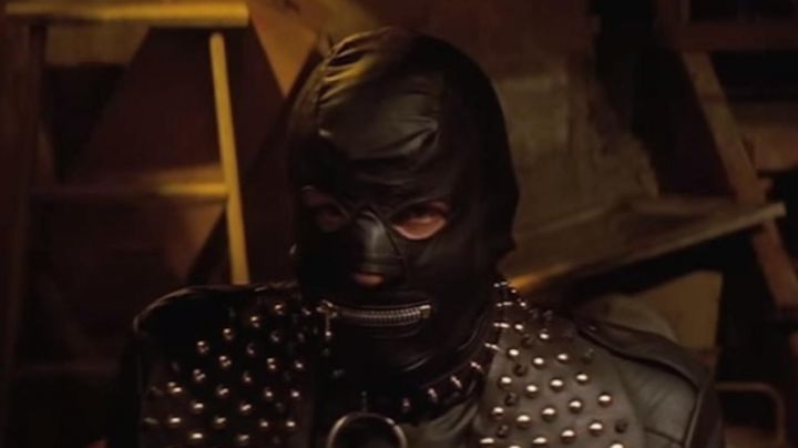 Fashion Trends 2021: The mask SM of The Cramp / The Gimp (Stephen Hibbert) - Pulp Fiction