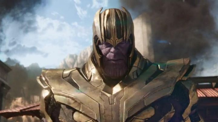 The mask and helmet of Thanos (Josh Brolin) in Avengers : Infinity War - Movie Outfits and Products