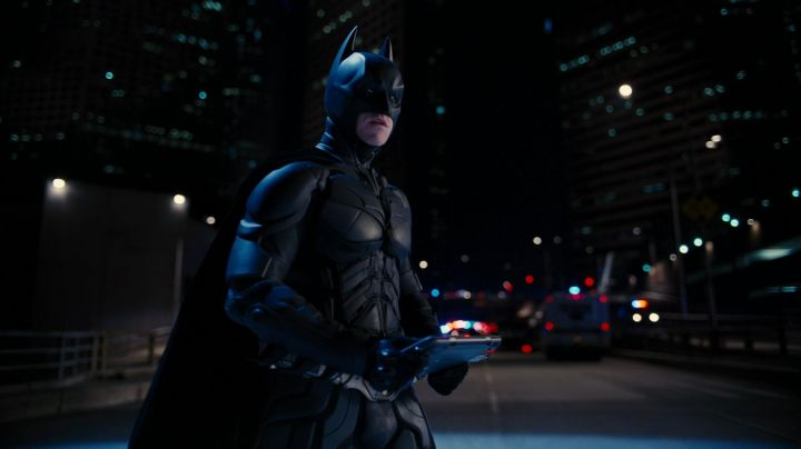 Fashion Trends 2021: The mask of Batman (Christian Bale) in The Dark Knight Rises