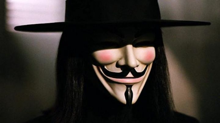 The mask of Guy Fawkes from V (Hugo Weaving) in V for Vendetta - Movie Outfits and Products