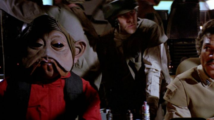 Fashion Trends 2021: The mask of Nien Nunb in Star Wars V : The empire against attack