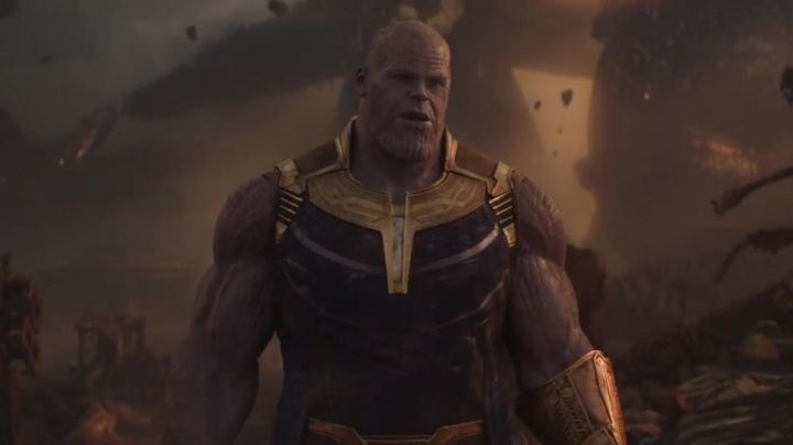 The mask of Thanos (Josh Brolin) in Avengers : Infinity War - Movie Outfits and Products