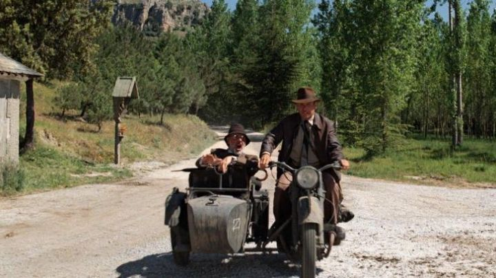 The motorcycle Dnepr MT-11 Indiana Jones (Harrison Ford) in Indiana Jones and the last crusade movie