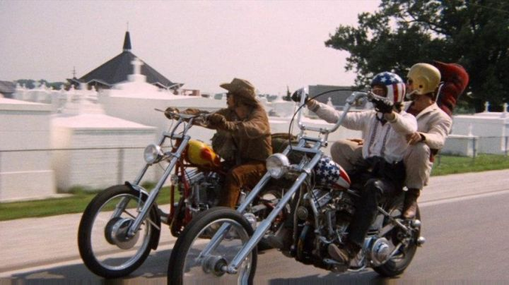 The motorcycle is a 1951 Harley-Davidson Panhead in Easy Rider movie