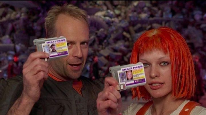 The multipass of Korben Dallas (Bruce Willis) in The Fifth Element movie