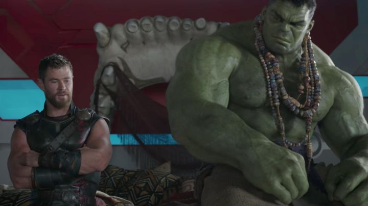 The necklace of wooden beads of the Hulk (Mark Ruffalo) in Thor : Ragnarok