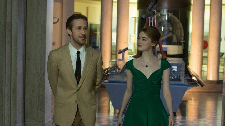 The necklace to the precious stone and the green of Mia (Emma Stone) in the The Land - Movie Outfits and Products