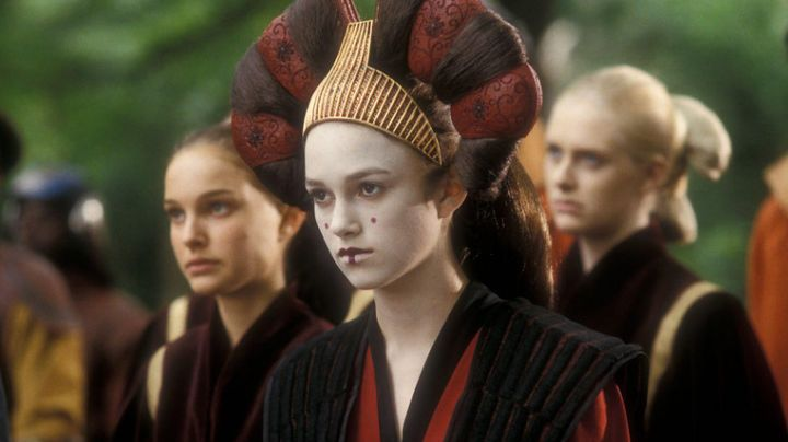 The nose cone of the Padmé / Sabé (Keira Knightley) in Star Wars I : The Phantom Menace - Movie Outfits and Products