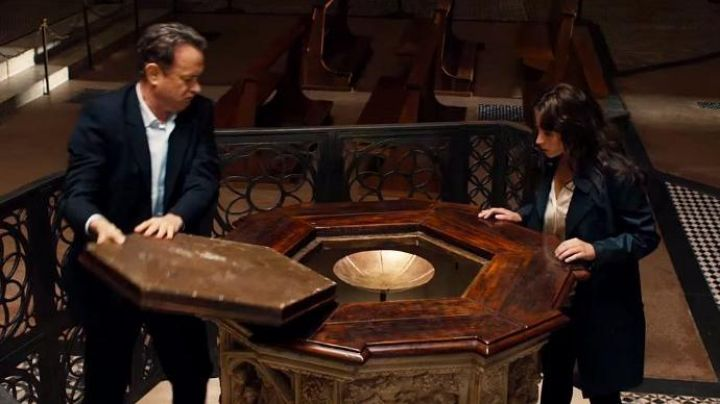 The octagonal Baptistry of Saint John of Florence in Italy in Inferno - Movie Outfits and Products