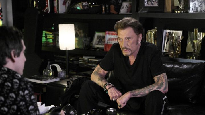 The official collection Johnny Hallyday 50 year career in Rock ' n ' Roll - Movie Outfits and Products
