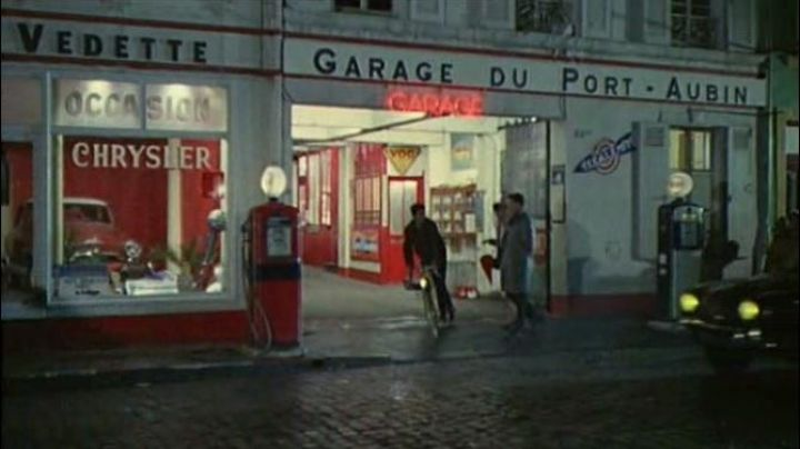 Fashion Trends 2021: The old Garage of the port at 44 Street to the Old Wharf in The Umbrellas of Cherbourg