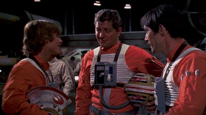 The orange vest the drivers of the rebellion in Star Wars V : The empire against attack - Movie Outfits and Products