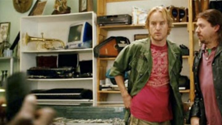 The orninateur imac g3 seen in Drillbit Taylor, garde du corps - Movie Outfits and Products