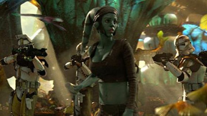 The outfit of Aayla Secura in Star Wars II : attack of The clones - Movie Outfits and Products