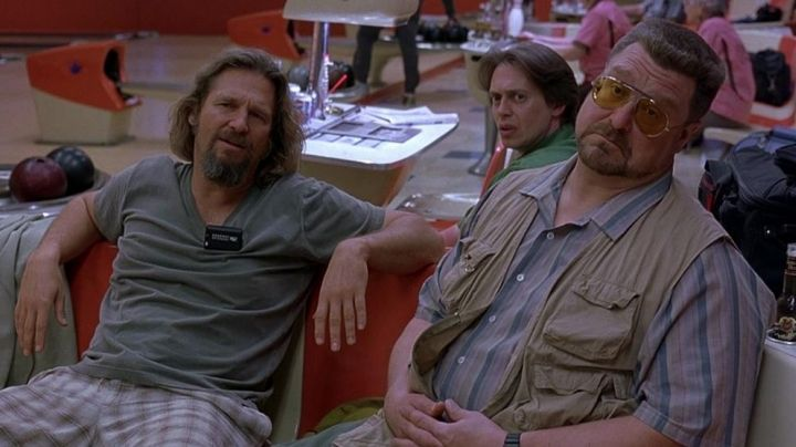 The pager of Jeff Lebowski / The Dude / The Duke (Jeff Bridges) in The Big Lebowski - Movie Outfits and Products