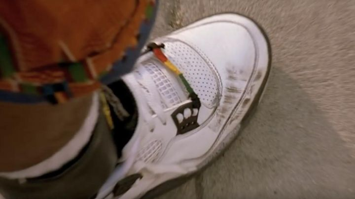 Fashion Trends 2021: The pair of Nike Air Jordan 4 white / cement of Buggin Out (Giancarlo Esposito) Do the right things