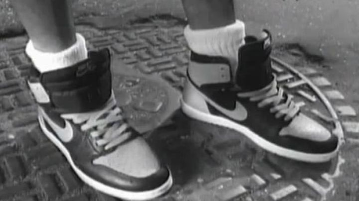 Fashion Trends 2021: The pair of Nike Air Jordan I, March Blackmon (Spike Lee) in Nola Darling goes to his head