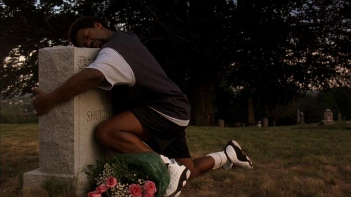 The pair of Nike Air Jordan Retro 13, Jake Shuttlesworth (Denzel Washington) in He got Game - Movie Outfits and Products