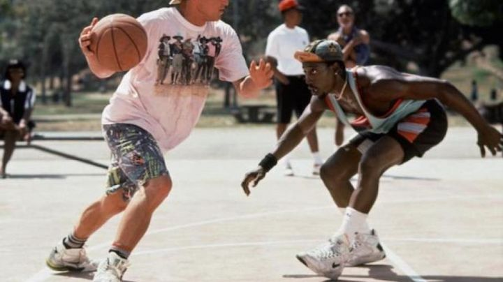 The pair of Nike Sidney Deane (Wesley Snipes) in white do not know how to jump - Movie Outfits and Products