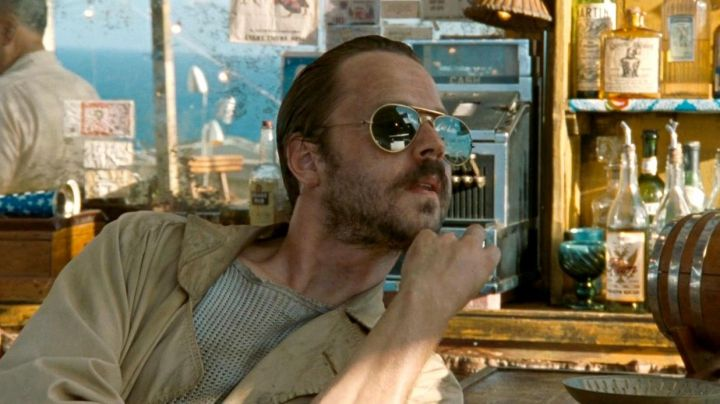 The pair of glasses aviator vintage Moburg (Giovanni Ribisi) in The Rum Diary - Movie Outfits and Products