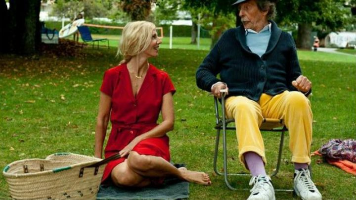 Fashion Trends 2021: The pair of sneakers Nike Air Jordan 7 Orion Jean Rochefort in Florida