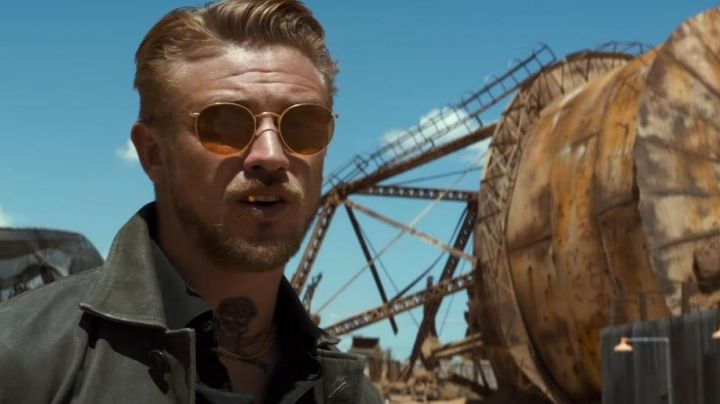 Fashion Trends 2021: The pair of sunglasses of Donald Pierce in Logan