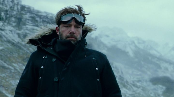 The parka worn by Bruce Wayne / Batman (Ben Affleck) in the Justice League Movie