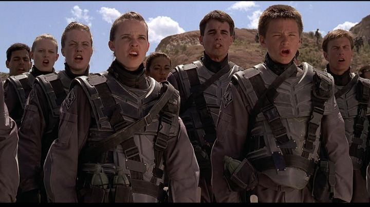 The patch of the uniforms in Starship Troopers - Movie Outfits and Products