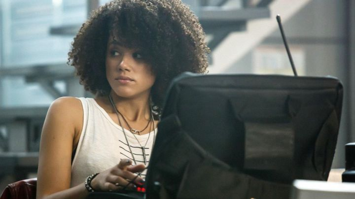 The pendant of Infinite Ramsey (Nathalie Emmanuel) in Fast and Furious 8 - Movie Outfits and Products