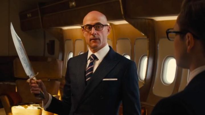 The pin-stripe suit navy blue Mr Porter of Merlin (Mark Strong) in Kingsman : The golden circle - Movie Outfits and Products