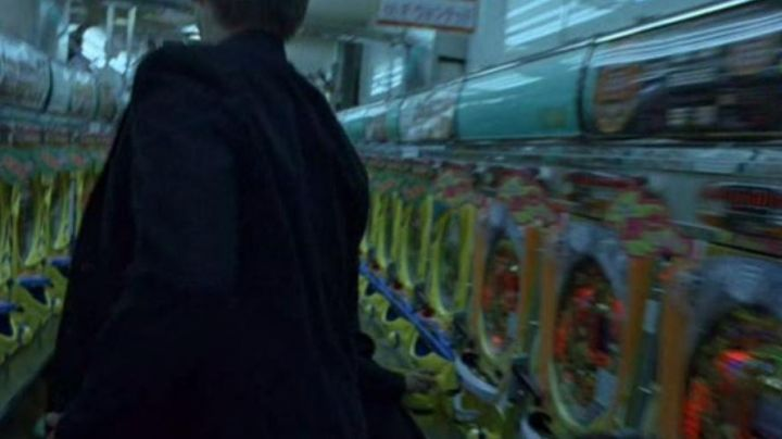 The pinball Pachinko in Lost in Translation - Movie Outfits and Products