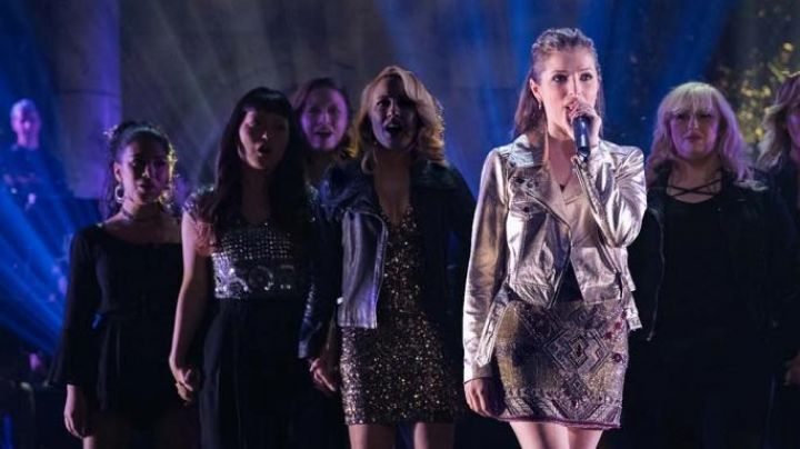 The playsuit In Créme Flo (Chrissie Fit) in Pitch Perfect 3 Movie