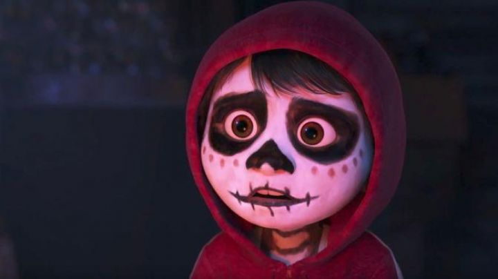 The  plush of Miguel in Coco - Movie Outfits and Products