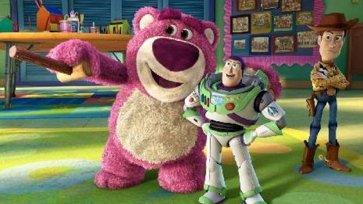 The  plush (scented-strawberry) of Lotso in Toy Story 3 - Movie Outfits and Products