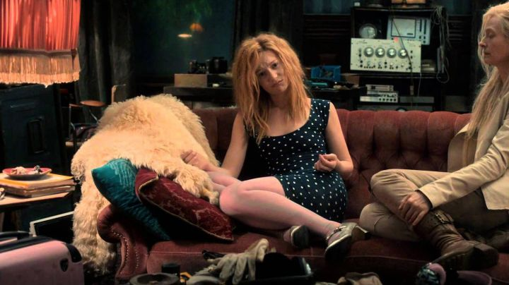 Fashion Trends 2021: The polka dot dress of Mia Wasikowska in Only Lovers Left Alive