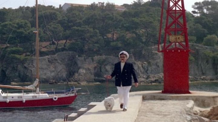 The port of Niel in the film Pierrot le fou - Movie Outfits and Products