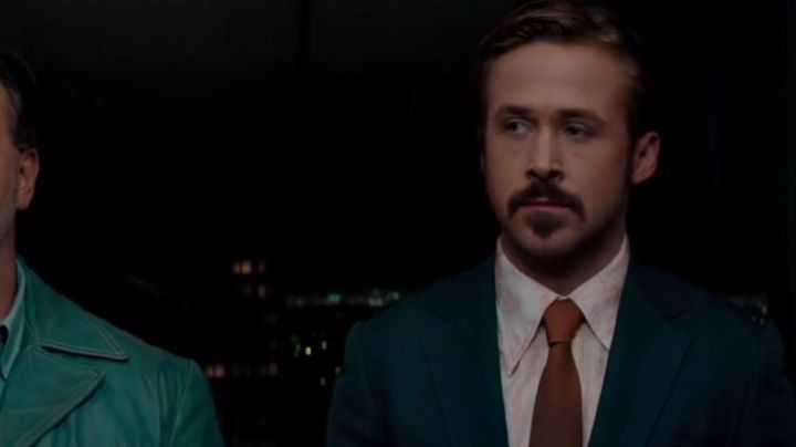 Fashion Trends 2021: The printed shirt to the flowers of Holland March (Ryan Gosling) in The Nice Guys